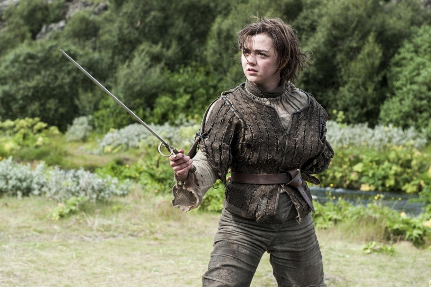 29263-Game_of_Thrones-Arya_Stark-Maisie_Williams-medieval-Needle_Sword.jpg